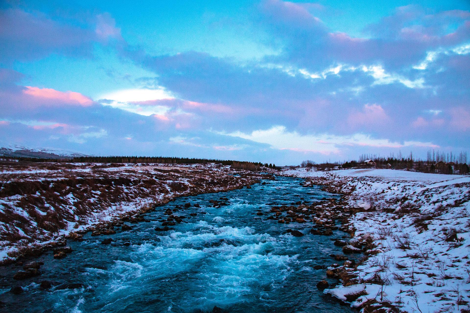 Lodowata woda lodowcowa - fot. Kopaniszyn