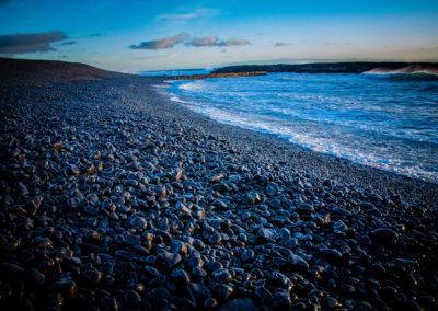 Wulkaniczna, czarna plaża nad Atlantykiem - fot. Piotr Kopaniszyn